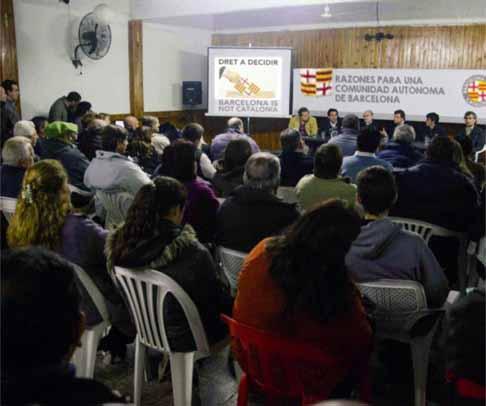 Conferencia vecinal en el barrio de Horta-Guinardó